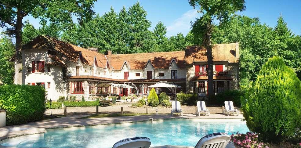 H tel hostellerie du lys h tel de charme lamorlaye 60 for Reservation hotel pas chere