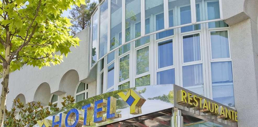 Hotel vp jard n de tres cantos hotel tres cantos for Hotel vp jardin tres cantos