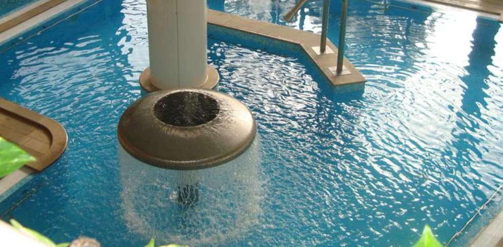 Week end aix les bains 73 week end avec d ner et for Week end avec piscine interieure