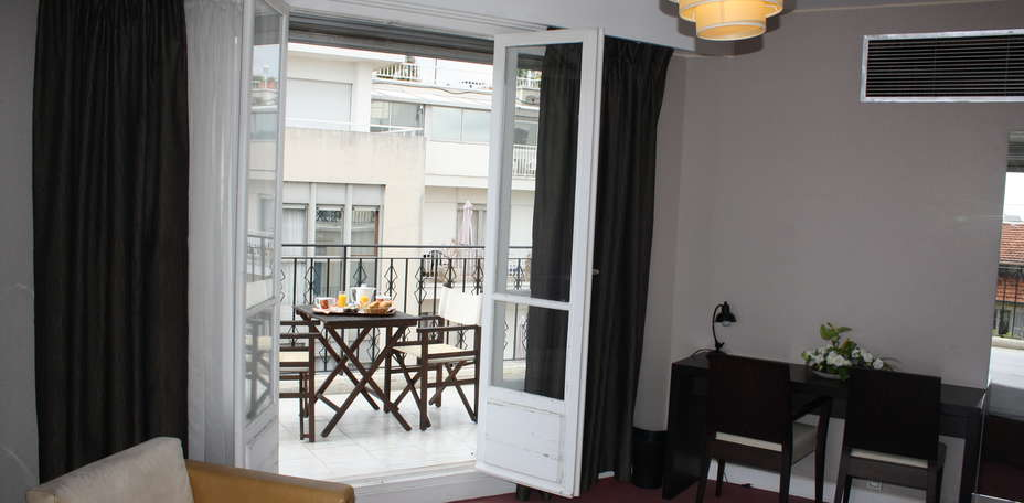 Quality Suites Nice La Malmaison - Chambre confort