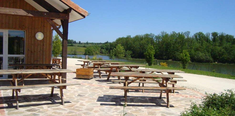 H tel domaine de l 39 angelaud h tel de charme coussac bonneval for Jardin tecina booking