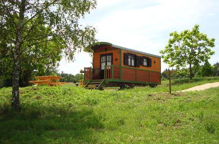 Escapade romantique dans une roulotte au cœur d'un parc naturel du Limousin