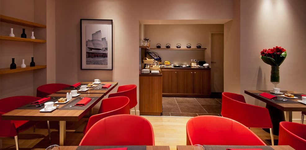 H tel monna lisa champs elys es h tel de charme paris for Reservation hotel a paris gratuit