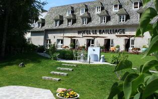 Offre spéciale : Week-end avec dîner à Salers, l'un des plus beaux villages d'Auvergne