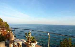 Oferta exclusiva: Vive el mediterráneo con cena , spa y cava