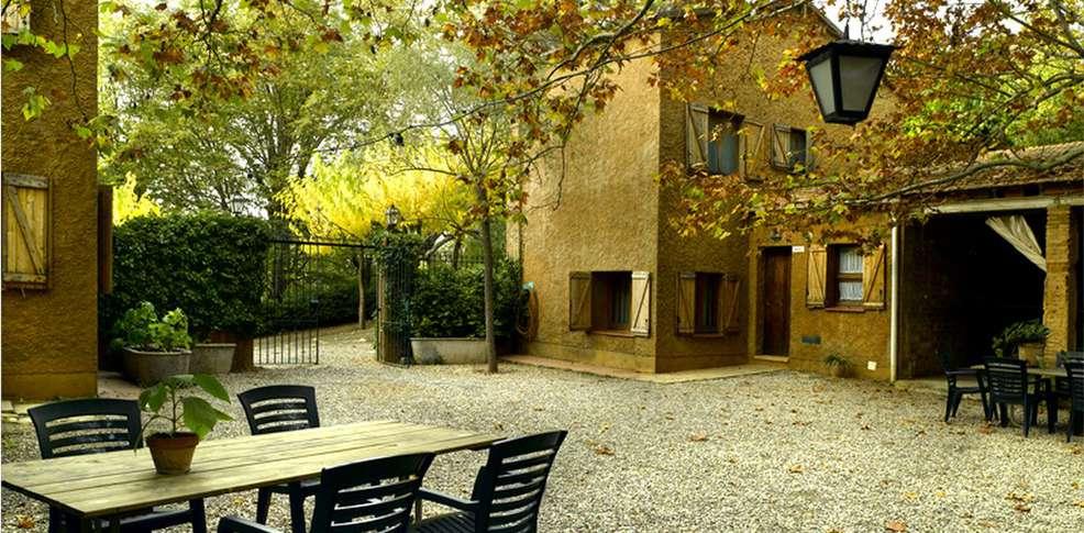 Week end route des vins l 39 espluga de francoli avec 1 - Jardin suspendu brussels montpellier ...