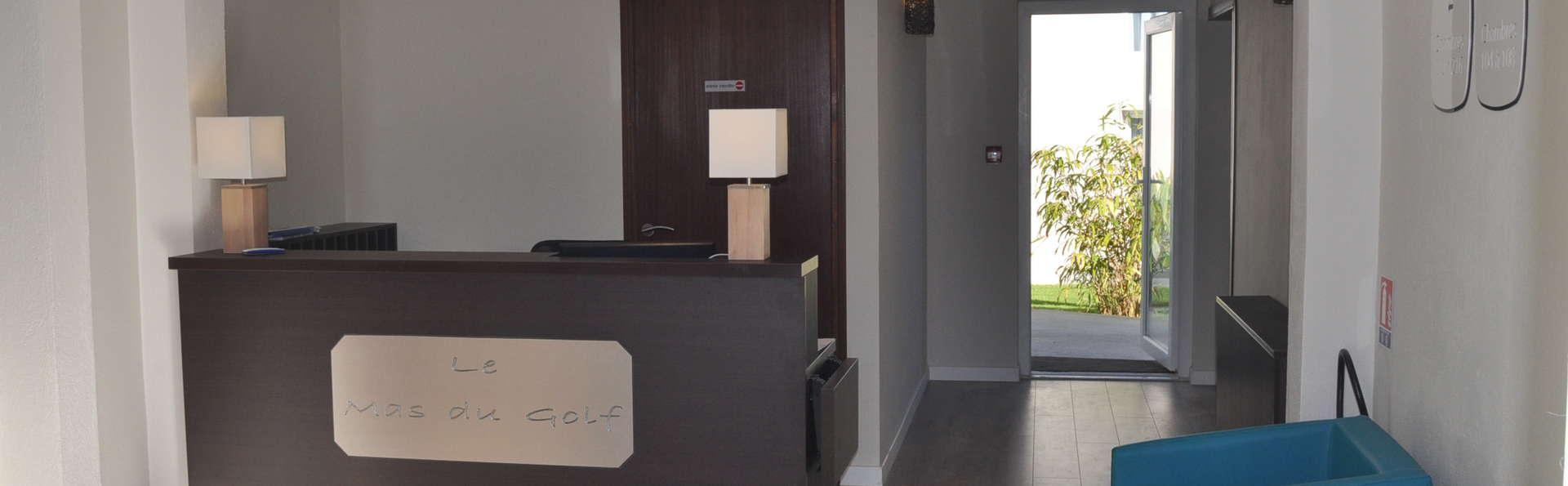 Hôtel Le Mas du Golf - Réception