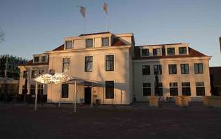 Week-end romantique dans un luxueux hôtel près de La Haye.