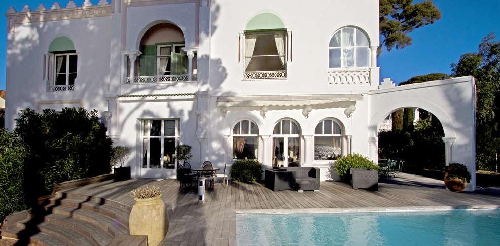 h tel villa mauresque h tel de charme saint rapha l. Black Bedroom Furniture Sets. Home Design Ideas