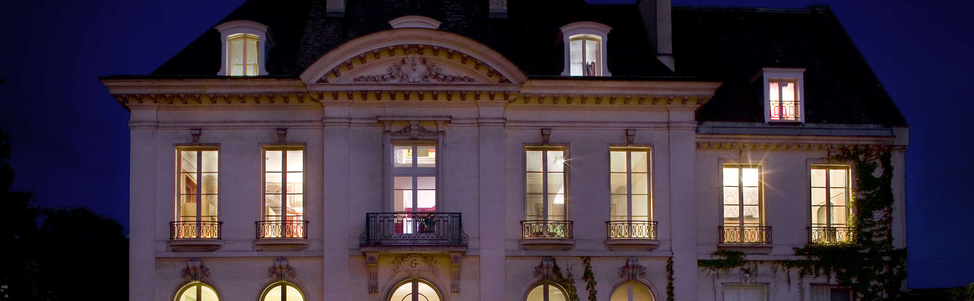 Hôtel Restaurant La Gourmandine - Façade