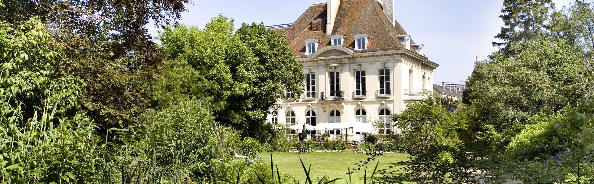 Hôtel Restaurant La Gourmandine - Vue de l'hôtel