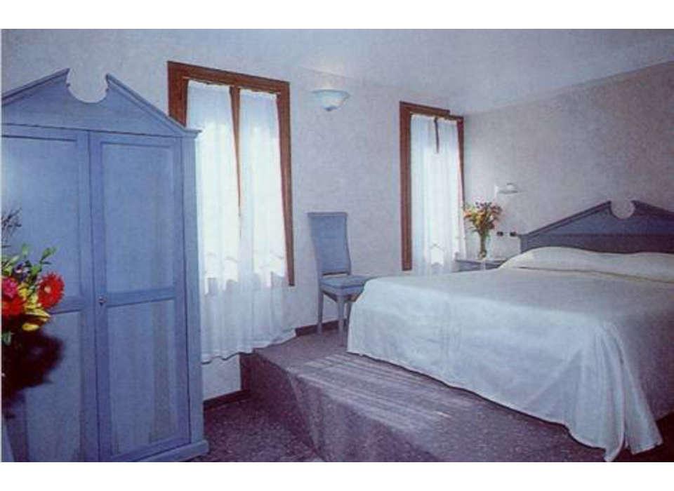 undefined - Hotel_tintoretto_venecia_jpg