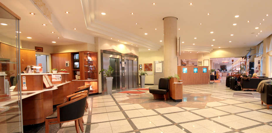 Dorint Airport Hotel Berlin Tegel - Hall d'entrée
