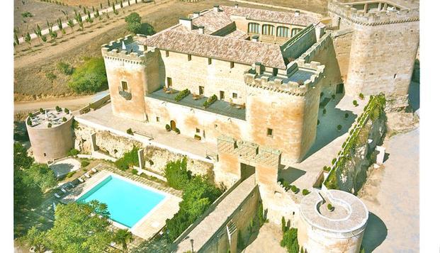 Oferta exclusiva: romanticismo en un castillo medieval Salmantino en Weekendesk por 99.00€