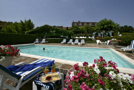 Hostellerie Saint Jacques  -
