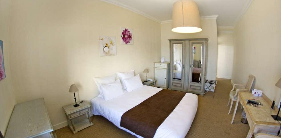 le grand h tel de la plage h tel de charme royan 17. Black Bedroom Furniture Sets. Home Design Ideas