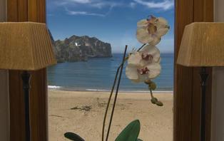Escapada con Cena en primera línea de playa de la Costa Verde (desde 2 noches)