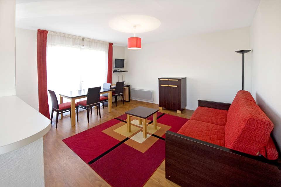 week end culturel saint herblain avec 1 entr e la plan te sauvage pour 2 adultes partir de 138. Black Bedroom Furniture Sets. Home Design Ideas
