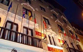 Escapada romántica con descuento en restauración  en el centro de Zaragoza