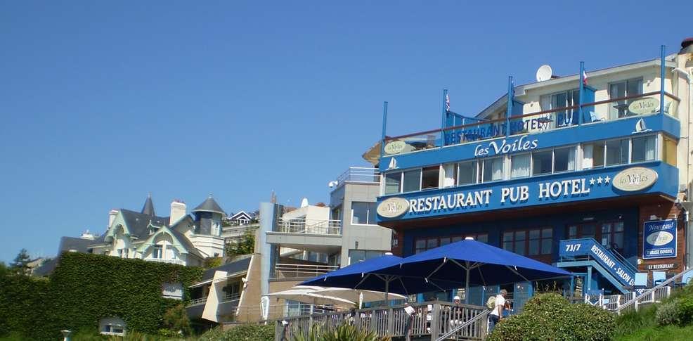 Hôtel Les Voiles sur le Front de Mer -