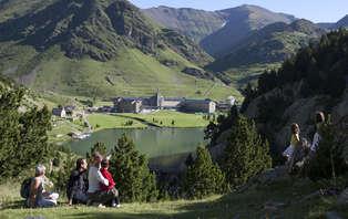 Escapada con media pensión y cremallera ilimitado en Vall de Núria (desde 2 noches)