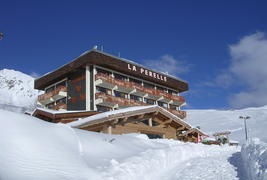 Family Resort La Perelle - Façade