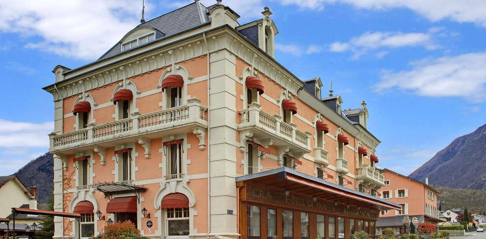 Grand h tel de france h tel de charme pierrefitte for Hotel de france booking