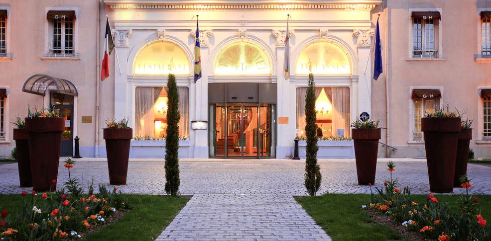 Grand h tel les terrasses d 39 uriage h tel de charme uriage - Hotel les terrasses uriage ...