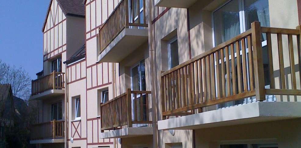 Mon Hotel Deauville Sud - Façade
