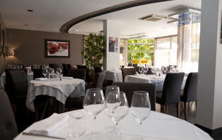 Week-end romantique avec champagne & dîners à Troyes
