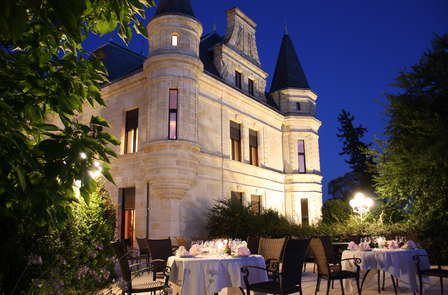 Offre Spéciale Vacances: Week-end découverte & oenologie dans un château près de Saint-Emilion