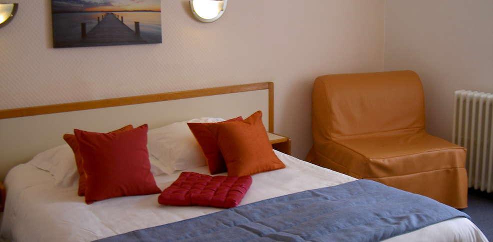 H tel du port rhu h tel de charme douarnenez 29 for Hotel de charme paca