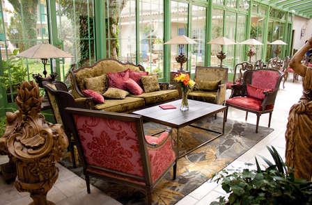 Week-end en chambre supérieure dans un hôtel de charme à Aigues Mortes