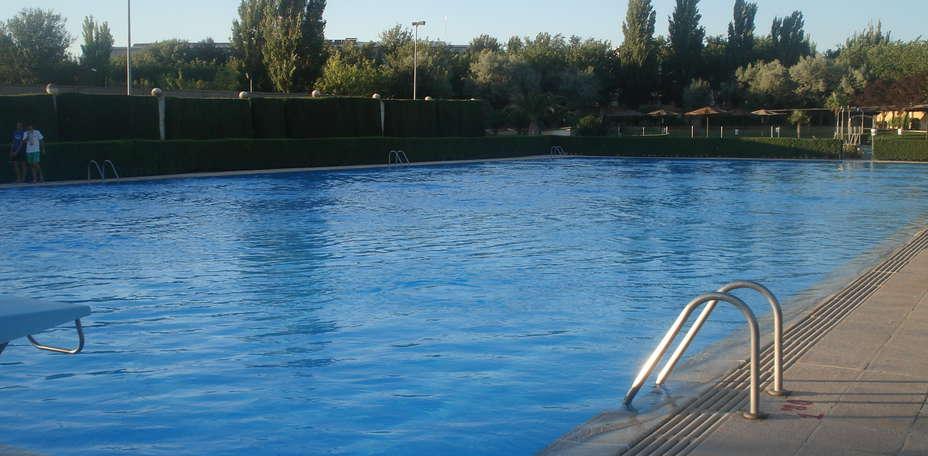 apertura de la piscina municipal