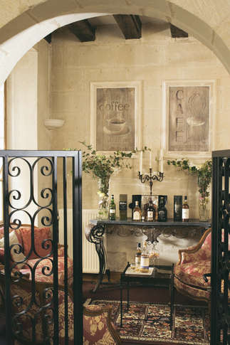 h tel saint pierre charmehotel saumur. Black Bedroom Furniture Sets. Home Design Ideas
