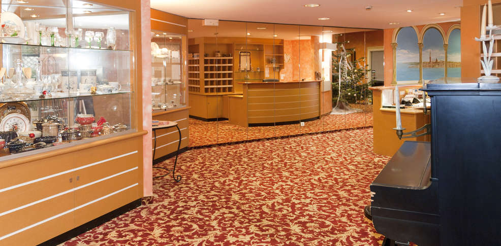 H tel majestic alsace charmehotel niederbronn les bains for Hotel les bains alsace
