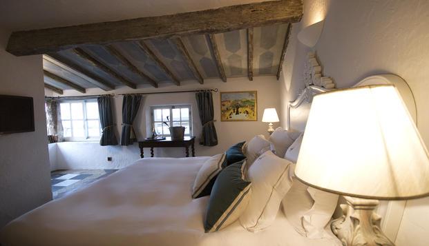 hotel Château Le Cagnard Cagnes sur Mer (06)