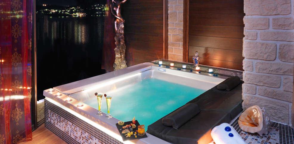 week end olmeto 2a week end romantique dans un tablissement de luxe au sud de la corse. Black Bedroom Furniture Sets. Home Design Ideas