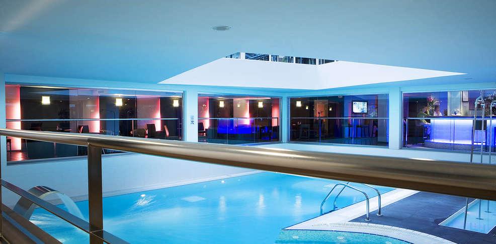 H tel oceania paris porte de versailles h tel de charme for Hotel baie de somme avec piscine