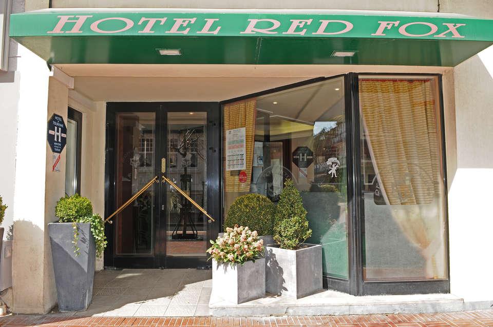 Hôtel Red Fox - Façade