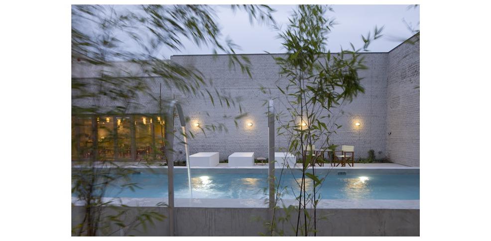 Weekend kortrijk wellness weekend in design hotel in kortrijk for Design hotel zeeland