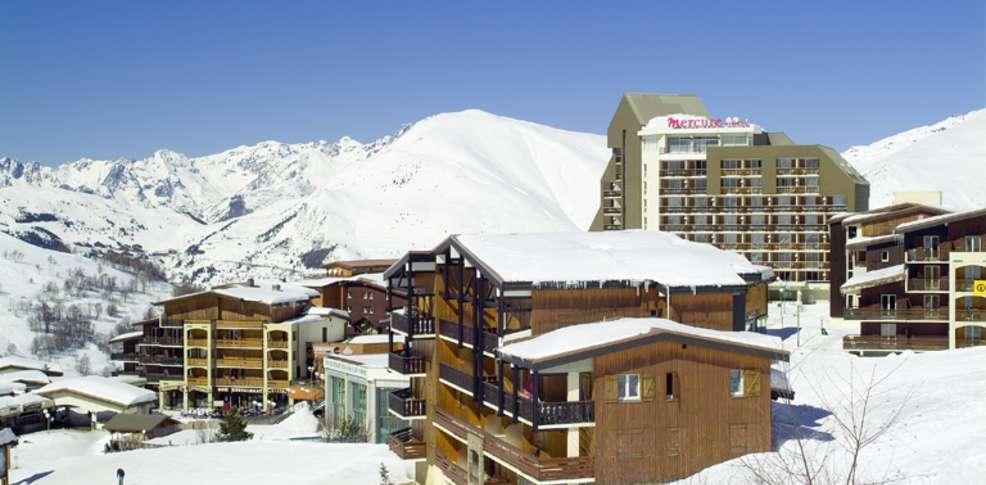 H tel mercure les deux alpes 1800 charmehotel les deux alpes for Hotels 2 alpes