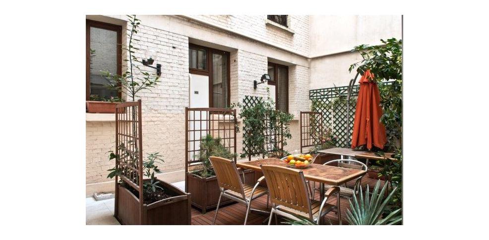 H tel alpha paris tour eiffel charmehotel boulogne for Design hotel alpha paris tour eiffel