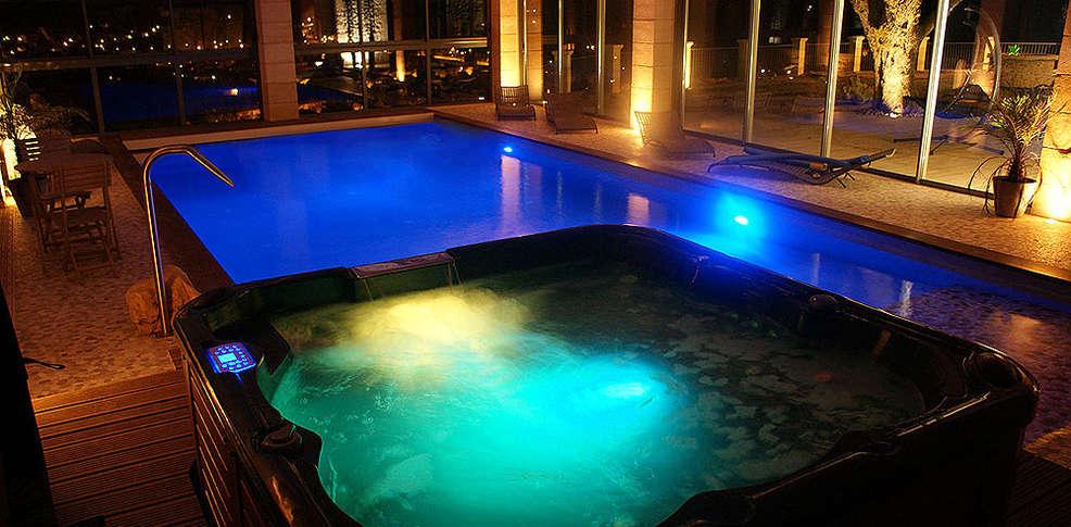 Hotel luxe avec jacuzzi chambre rhone alpes - Hotel avec piscine et jacuzzi dans la chambre ...