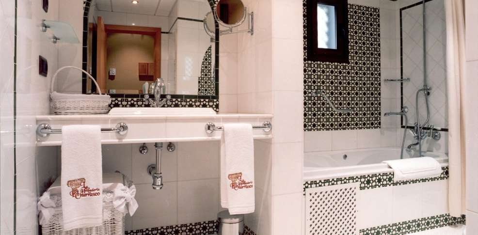Baño Arabe En Toledo:Escapadas fin de semana Spa Córdoba con 1 Copa de bienvenida para 2