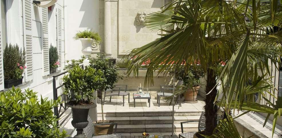 H tel pavillon bastille h tel de charme paris 75 for Hotel paris 75