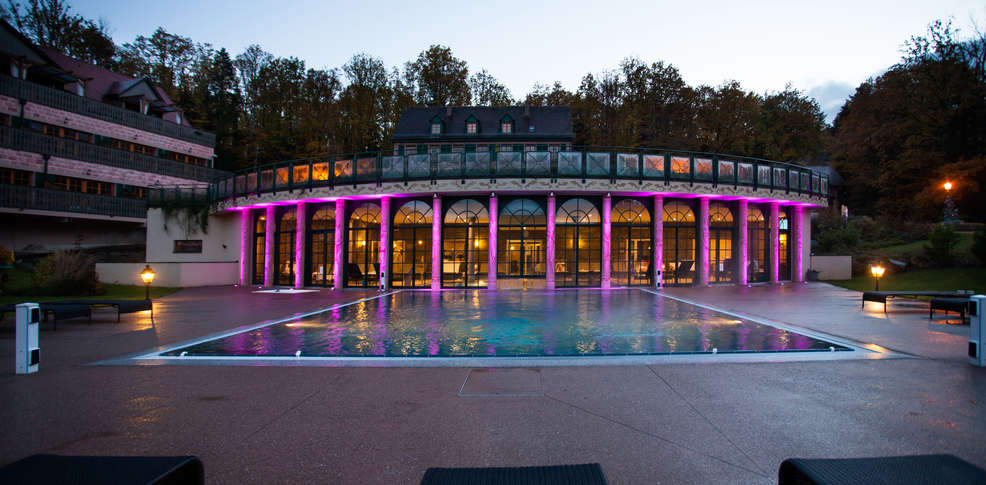 Weekendesk paris spa for Spa piscine ile de france