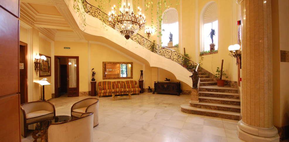 Hotel la casa grande de baena hotel baena - Hotel casa grande baena ...
