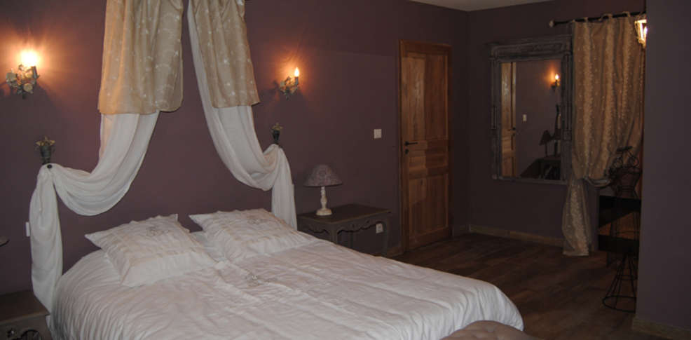 hotel le lavoir du lauzon charmehotel monts gur sur lauzon. Black Bedroom Furniture Sets. Home Design Ideas