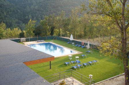 Escapada romántica con bañera hidromasaje cerca de Besalú